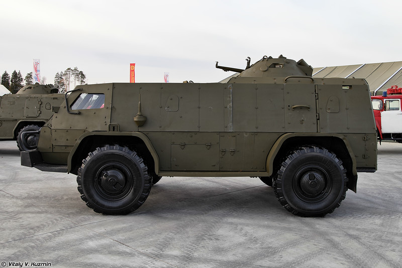 ГАЗ-39371 Водник с другим вариантом дополнительного бронирования (GAZ-39371 Vodnik with the second version of additional armor)