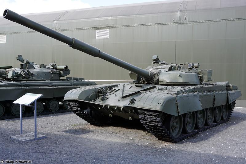 Т-72 обр. 1979 г. с элементами капремонта 1983 г. (T-72A mod.1979 with 1983 upgrades)
