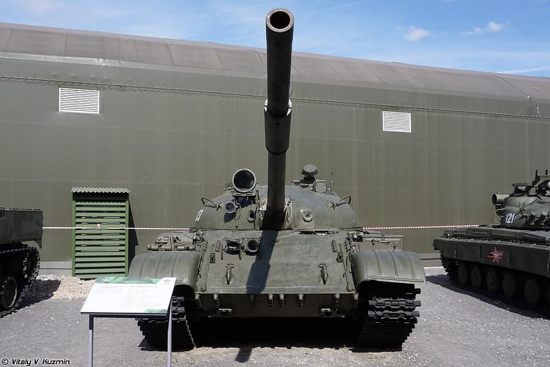 Танк Т-62 (T-62)