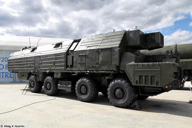 Машина обеспечения боевого дежурства 15В148 (Combat duty support vehicle 15V148 for Topol ICBM)