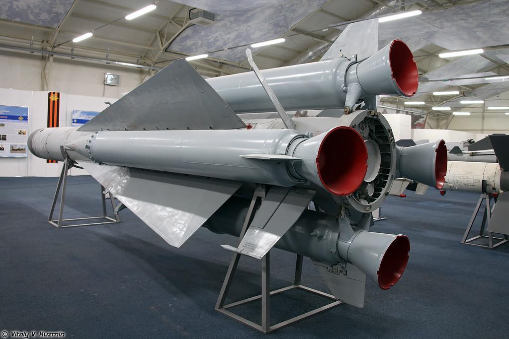 ЗУР 5В28 ЗРК С-200В (5V28 SAM S-200V system)