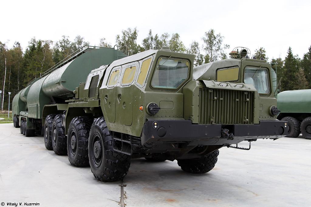 Автотопливозаправщик АТЗ-90-8685с (ATZ-90-8685s refueller)