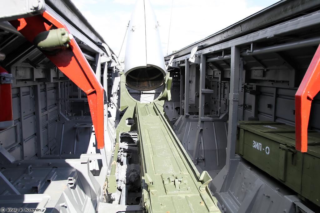 Пусковая установка 9П129-1М тактического ракетного комплекса 9K79-1 Точка-У (9P129-1M launching vehicle of 9K79-1 Tochka-U missile system)