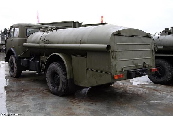 Tankers MAL-7,5-5334 [TZA-7,5-5334 veículo de reabastecimento)