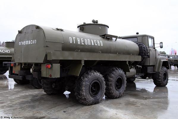 Tanker AC-10-260 [ATS-10-260 tanque de combustível)