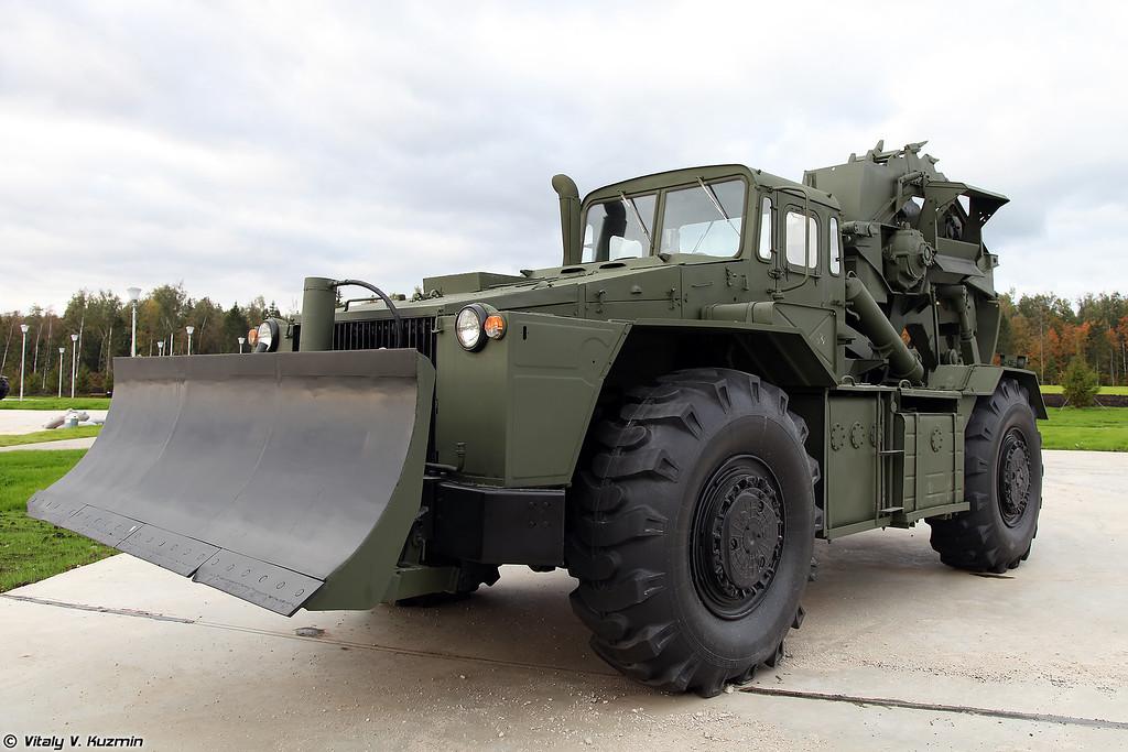 Траншейная машина ТМК-2 (TMK-2 trenching vehicle)