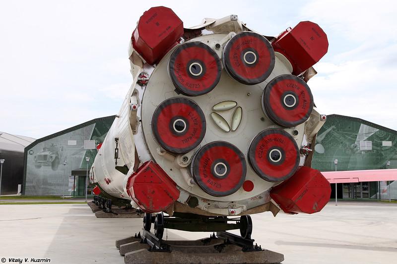 Ракета-носитель 11К68 Циклон-3 (11K68 Tsyklon-3 carrier rocket)