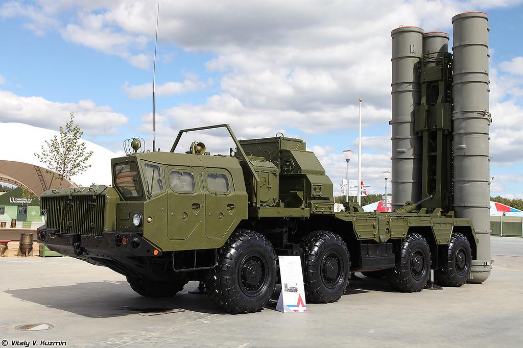 Пусковая установка 5П85СЕ2 ЗРC С-300ПМ2 (5P85SE2 TEL for S-300PM2 missile system)