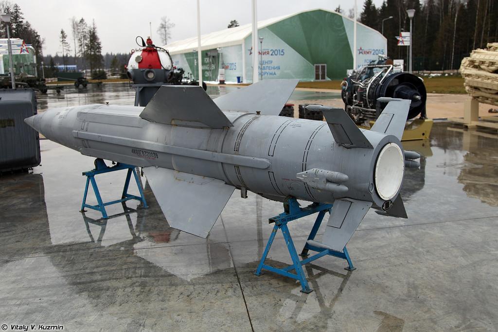 Зенитная управляемая ракета 4К60 (4K60 surface-to-air missile)