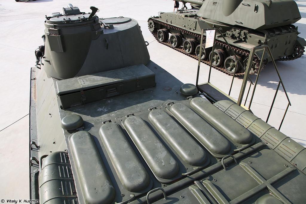 120-мм самоходное артиллерийское орудие 2С23 Нона-СВК (120mm self-propelled gun 2S23 Nona-SVK)