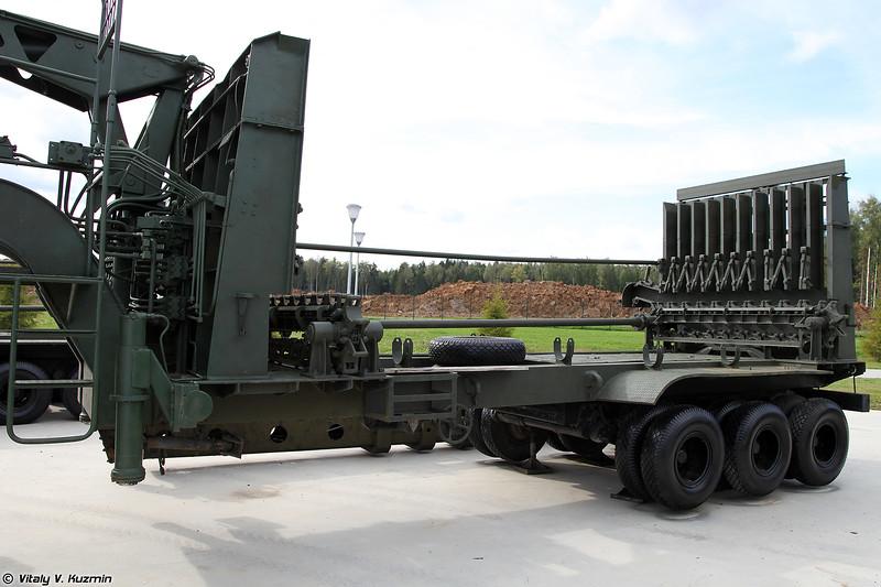Трубоукладочная машина ТУМ-150В (TUM-150V pipelayer)