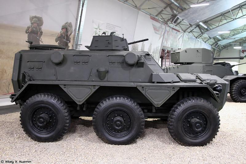 FV603 Saracen