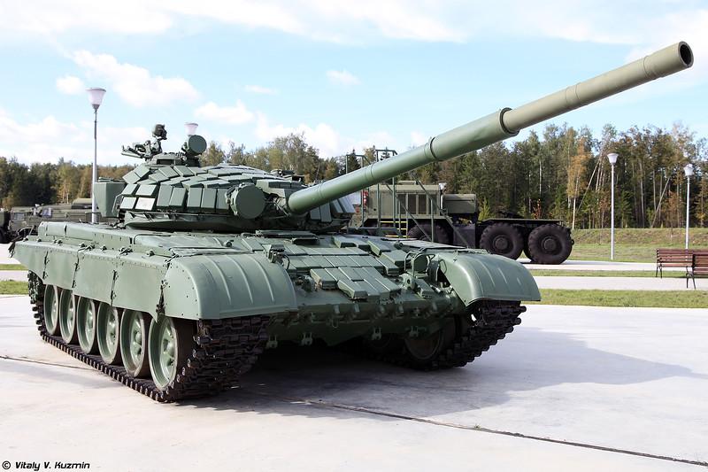 Т-72Б1 (T-72B1 main battle tank)