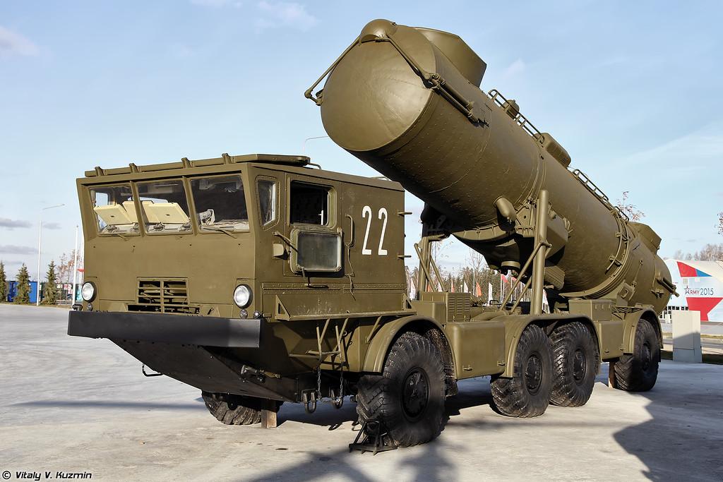 Самоходная пусковая установка берегового ракетного комплекса Редут (Transporter erector launcher of Redut coastal missile system)