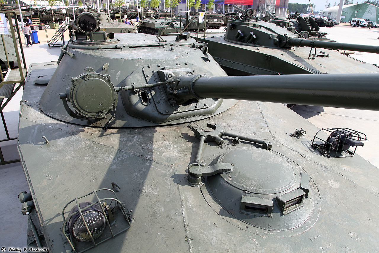 Опытный легкий плавающий танк Объект 906 ПТ-85 (Experimental light amphibious tank Object 906 PT-85)