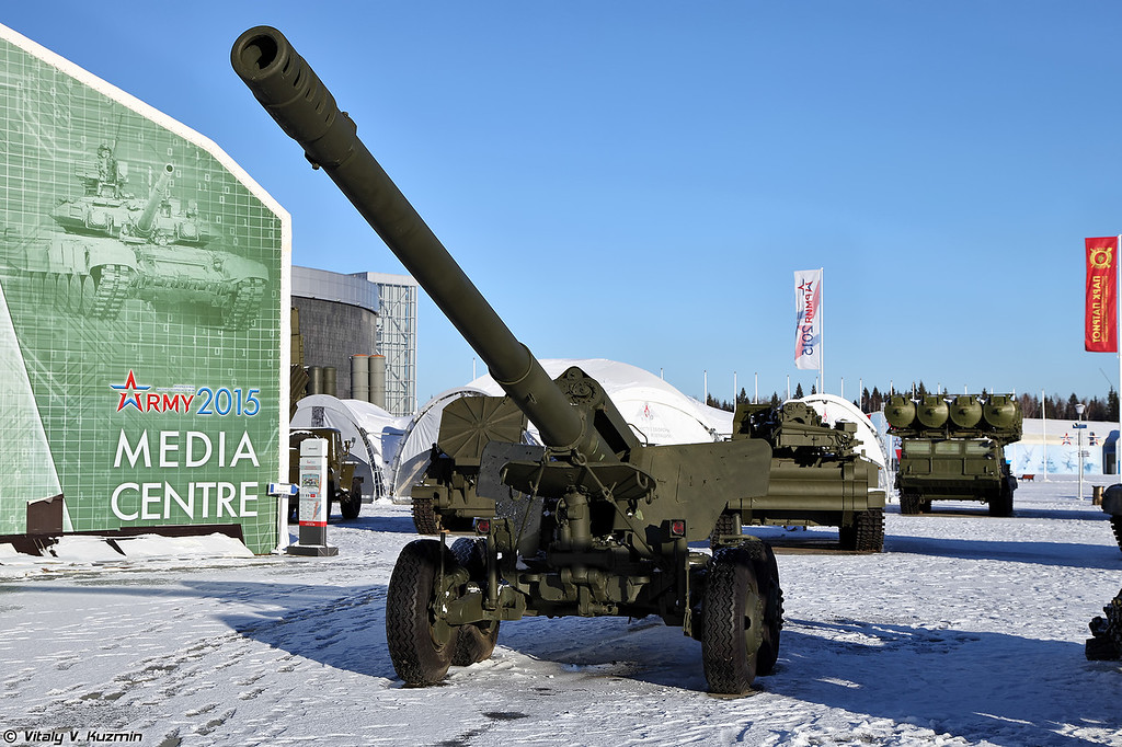 152-мм пушка 2А36 Гиацинт-Б (152mm gun 2A36 Giatsint-B)