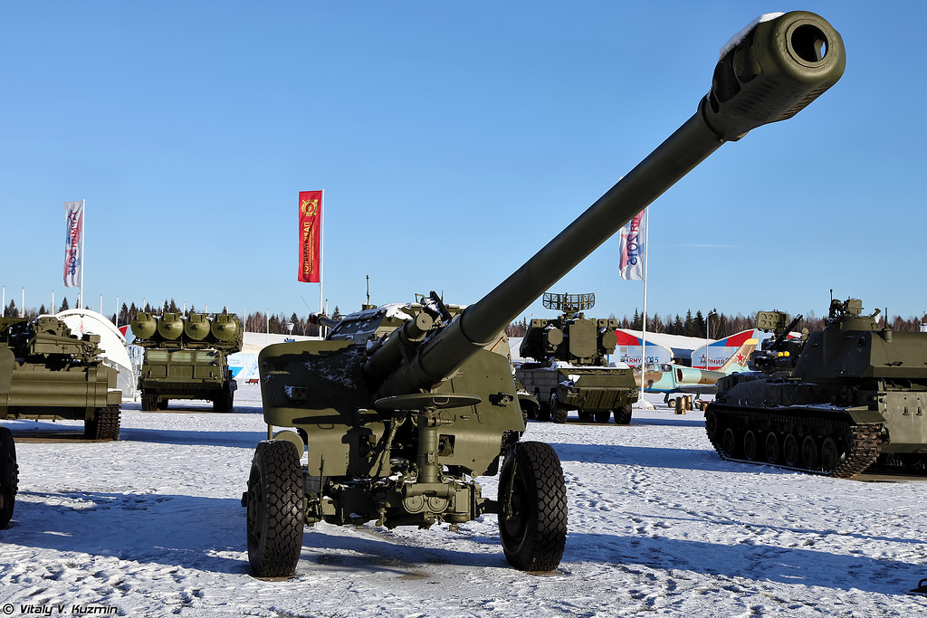 152-мм гаубица 2А65 Мста-Б (152mm howitzer 2A85 Msta-B)