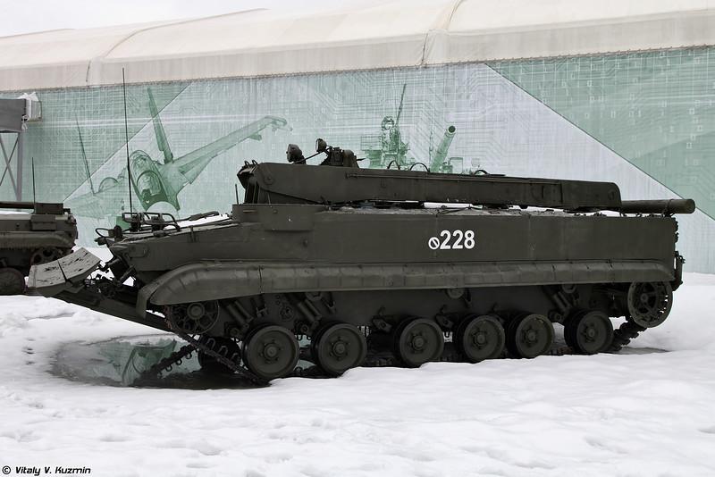 Бронированная ремонтно-эвакуационная машина БРЭМ-Л (BREM-L armored recovery vehicle)