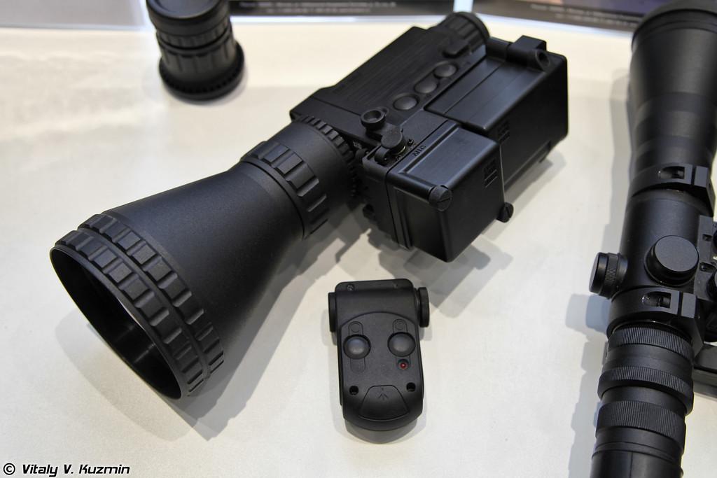 Тепловизор с дистанционной беспроводной передачей сигнала ТВМ-640 (Thermal imaging camera with wireless communication TVM-640).