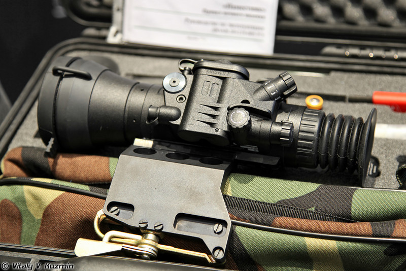 Прицел ночного видения Наместник, гражданская версия - Dedal-490 (Night vision scope Namestnik, the civilian version - Dedal-490)