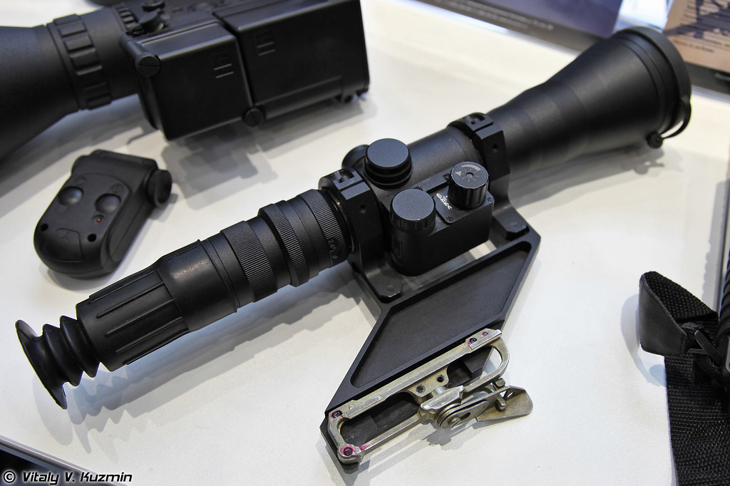 Прицел ночного видения ПНО-17 (Night vision scope PNO-17)