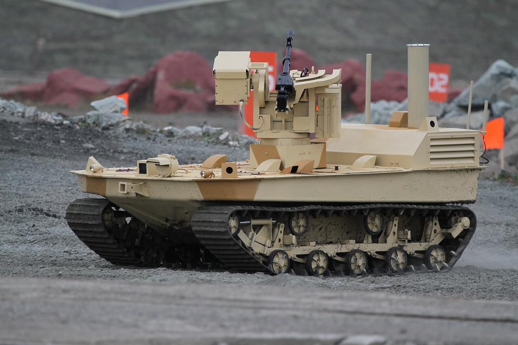 Роботизированный комплекс МРК (MRK combat robot system) Автор: Алексей Китаев (Courtesy: Aleksey Kitaev)