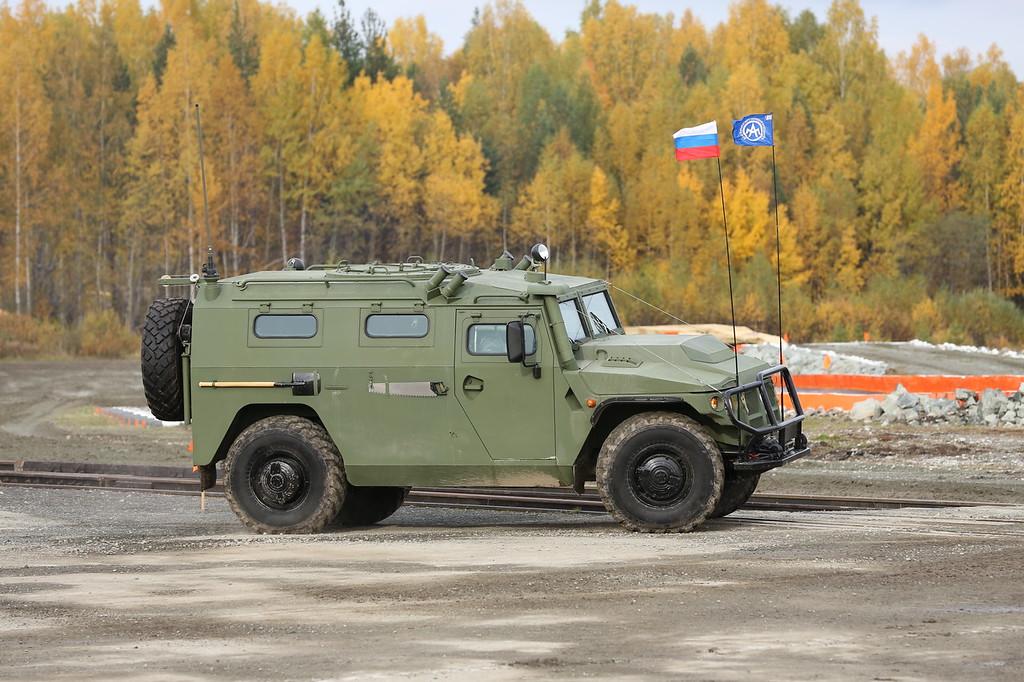 """Новая модификация Тигр-М для подразделений спецназначения - автомобиль многоцелевого назначения АМН 233115 Тигр-М СПН, в некоторых источниках фигурирует как """"Тигр-М""""-233115 СПН (New modofication of Tigr-M armored vehicle for Special Forces - AMN 233115 Tigr-M SPN also know as """"Tigr-M""""-233115 SPN) Автор: Алексей Китаев (Courtesy: Aleksey Kitaev)"""