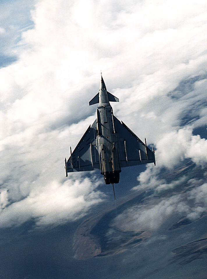 EUROFIGHTER DA 2 during flight trials in 1999 prior to acceptance.