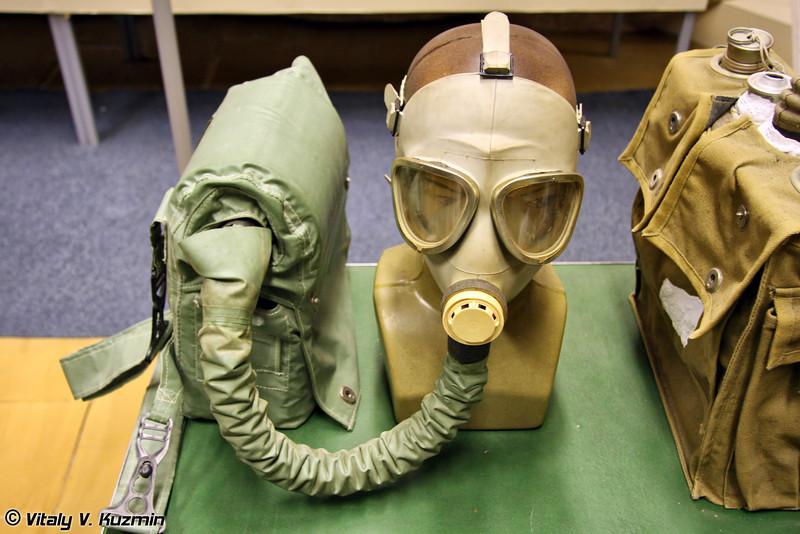 Изолирующий дыхательный аппарат ИП-4М (IP-4M gas mask)