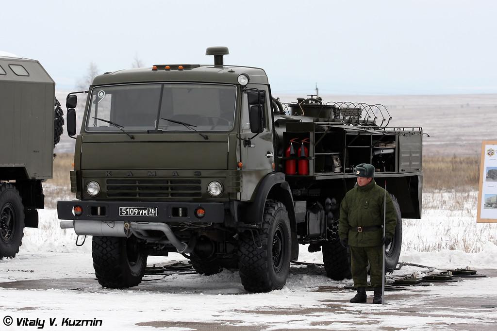 Авторазливочная станция АРС-14КМ (ARS-14KM decontamination and degassing station)