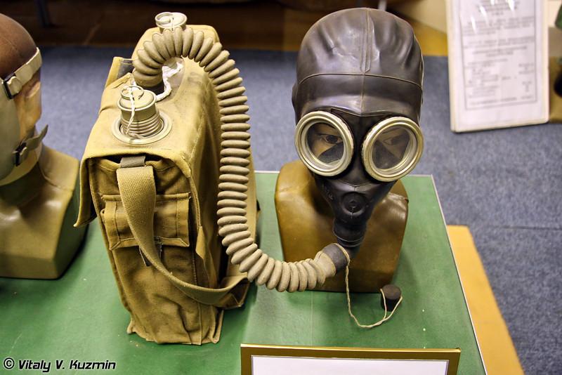 Изолирующий дыхательный аппарат ИП-46 (IP-46 gas mask)