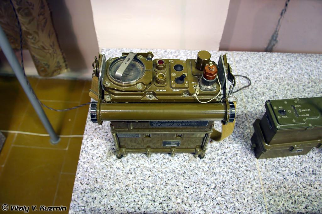 Общевойсковой автоматический газосигнализатор ГСА-1 (Automatic gas detector GSA-1)