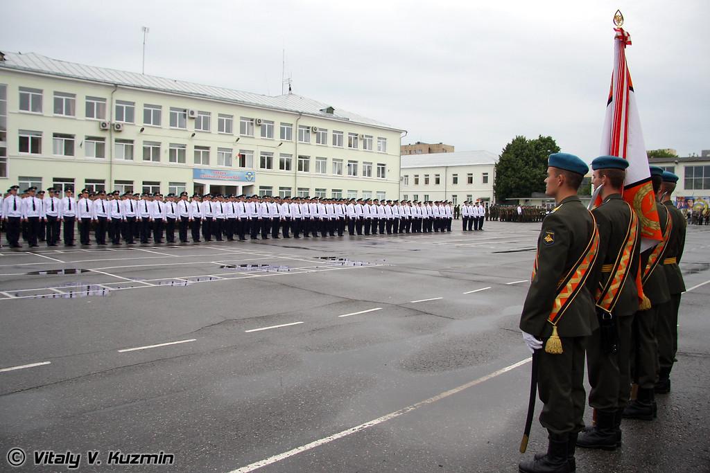 Торжественное построение (Formation of graduating officers)