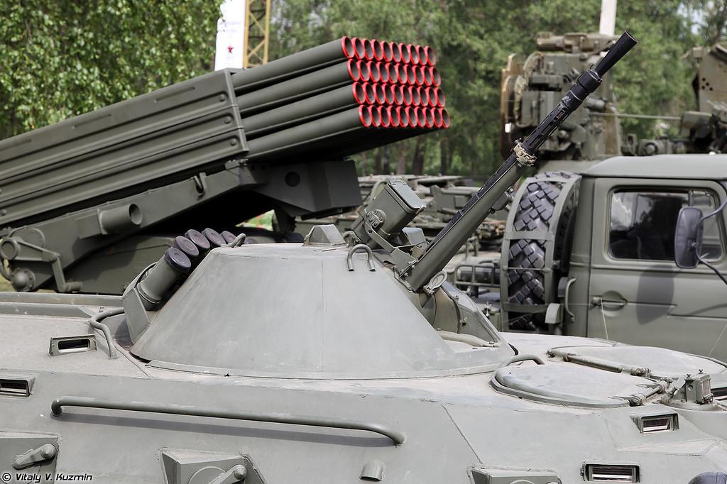 Бронетранспортер БТР-80 (BTR-80 APC)