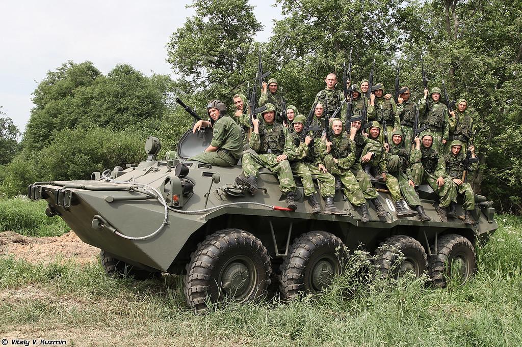 Показательное выступление разведбата 2-й гвардейской мотострелковой Таманской дивизии (Demonstration of recon battalion of 2nd Guards Tamanskaya Motor Rifle Division)