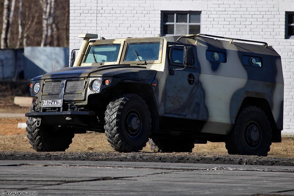 ГАЗ-233036 СПМ-2 (GAZ-233036 SPM-2 armoured vehicle)