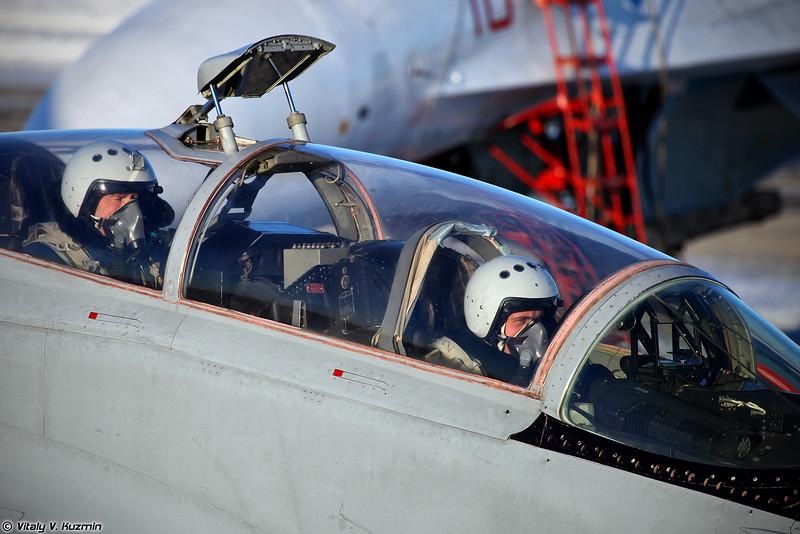 Фотографии пилотов (Pilots' portraits)