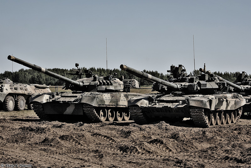 Т-80У и Т-90А (T-80U and T-90A)