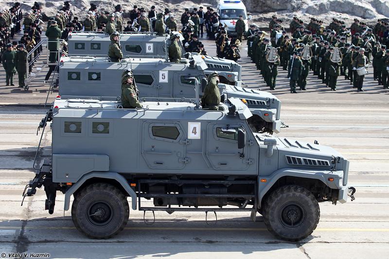 Бронированный корпусной автомобиль Патруль КАМАЗ-435029 (Patrul KAMAZ-43509 armored vehicle)