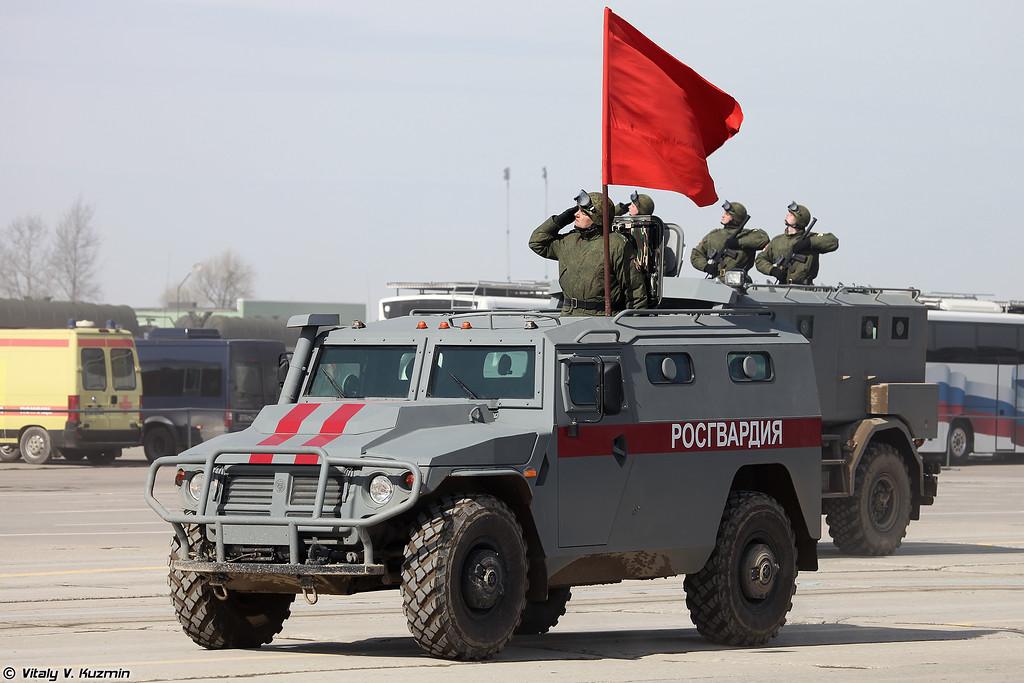 Бронеавтомобиль СБМ ВПК-233136 Тигр-М (VPK-233136 Tigr-M SBM armored vehicle)