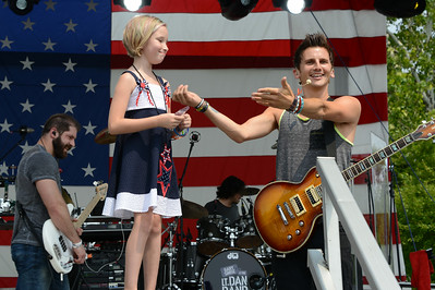 Rockin For The Troops - 2014 - The Sempletons