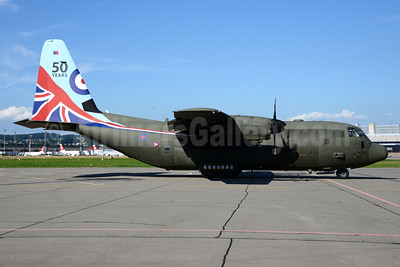 Royal Air Force (UK) Lockheed C-130J Hercules ZH883 (msn 5481) (50 Years) ZRH (Rolf Wallner). Image: 933854.