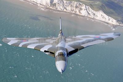 Royal Air Force Avro Vulcan B2 XH558 (msn SET12) near Dover (Robbie Shaw). Image: 933467.