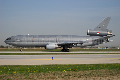 Royal Netherlands Air Force - Koninklijke Luchtmacht McDonnell Douglas DC-10-30 (F) (tanker) T-264 (msn 46985) YYZ (TMK Photography). Image: 954631.