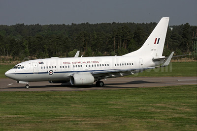 Royal New Zealand Air Force Boeing 737-7DT (BBJ) A36-001 (msn 30829) FAB (Antony J. Best). Image: 937087.