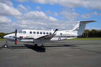 Royal New Zealand Air Force Beech 350 King Air A32-439 (msn FL-439) BNE (Pepscl). Image: 937088.