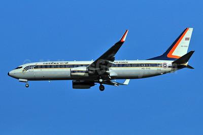 Royal Thai Air Force Boeing 737-8Z6 WL HS-TYS (55-555) (msn 35478) BKK (Ken Petersen). Image: 920669.