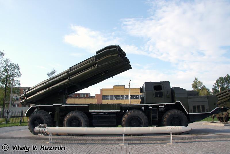 БМ-30 Смерч (BM-30 Smerch)