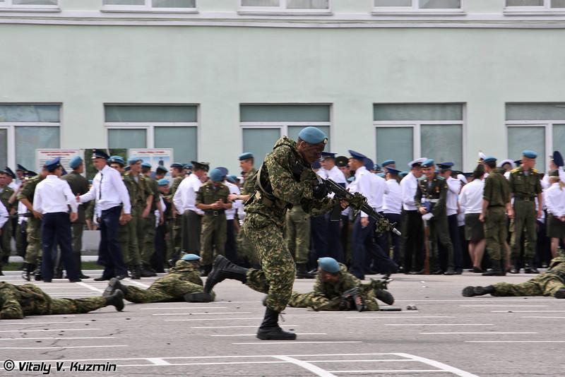 Показательные выступления курсантов РВВДКУ (Combat skills demonstration)