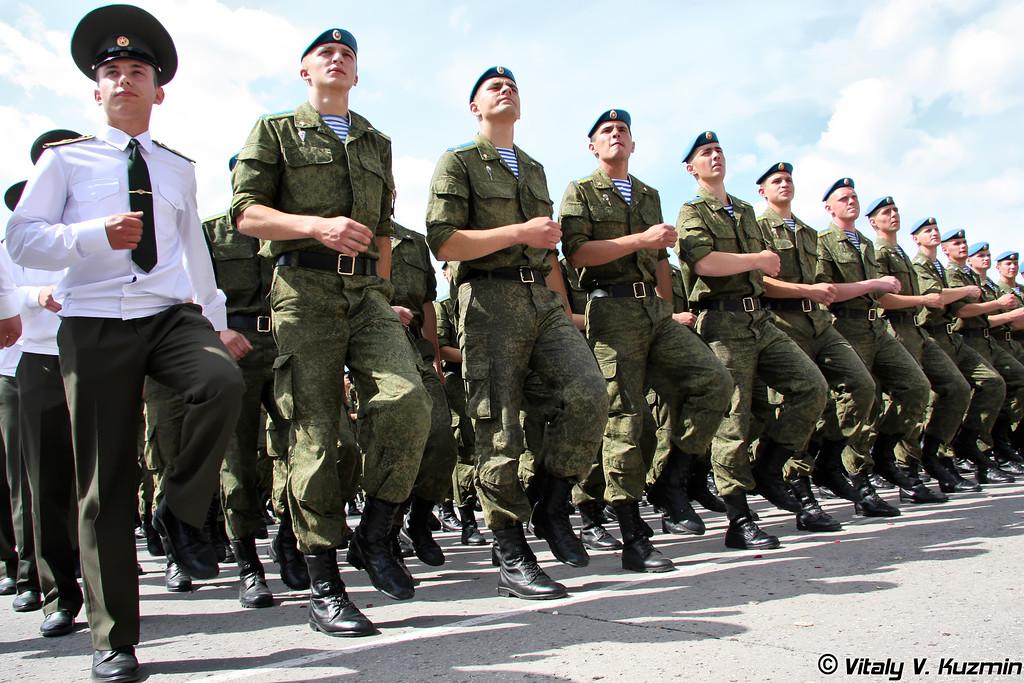 130-й выпуск в Рязанском высшем воздушно-десантном командном училище имени генерала армии В.Ф. Маргелова (Ryazan High Airborne Command School graduation 2011)